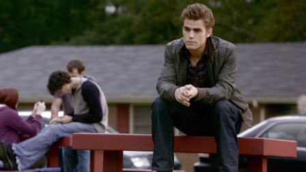 Download the vampire diaries season 1 in hindi | Where can I